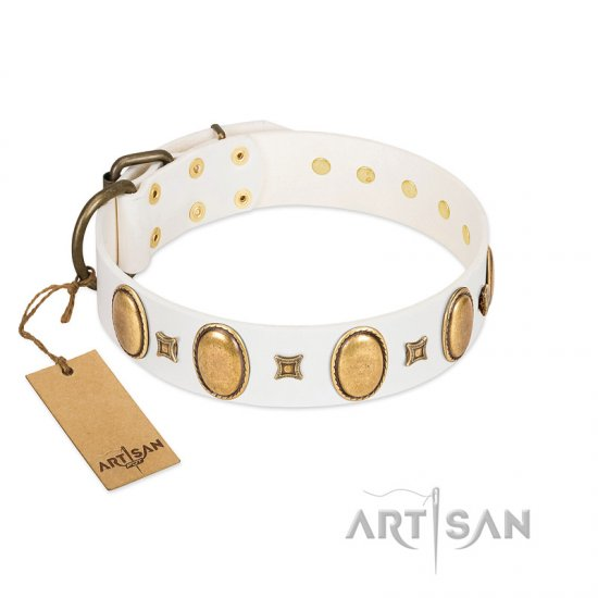"""Chichi Pearl"" Designer Handmade FDT Artisan White Leather Boxer Collar with Ovals and Studs"