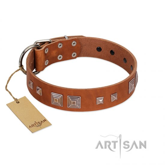 """Egyptian Gifts"" Handmade FDT Artisan Tan Leather Boxer Collar with Chrome-plated Pyramids"