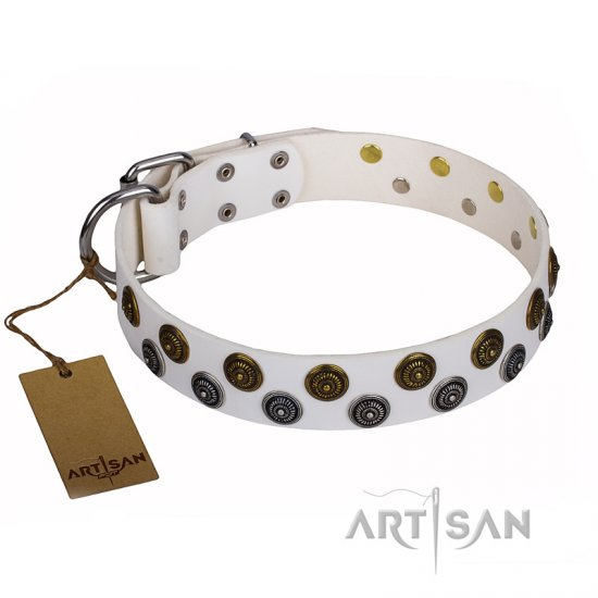 """Snowflake"" FDT Artisan White Leather Boxer Collar with Unique Set of Studs"