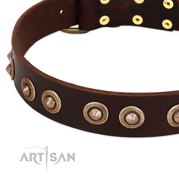 Durable D-ring on full grain natural leather dog collar for your doggie