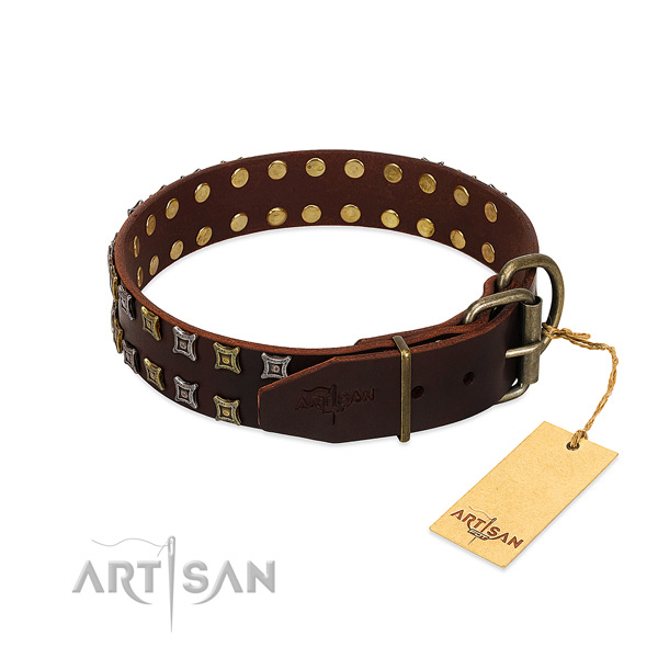 Top notch natural leather dog collar made for your pet