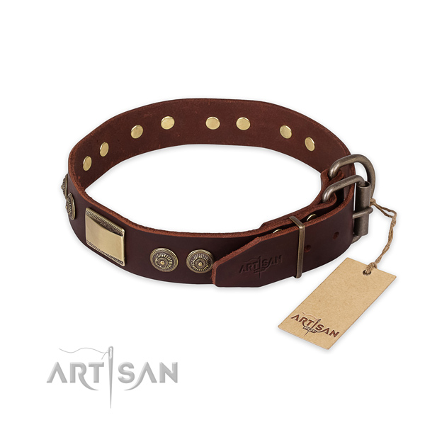 Rust-proof D-ring on genuine leather collar for fancy walking your canine