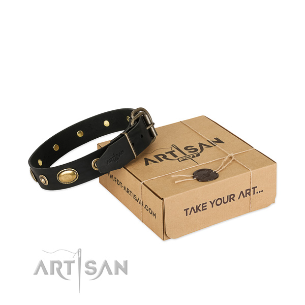 Rust-proof buckle on genuine leather dog collar for your doggie