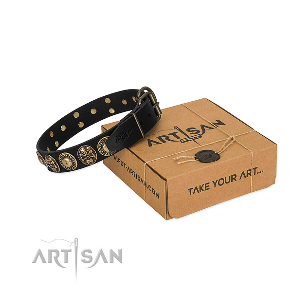 Reliable adornments on dog collar for walking