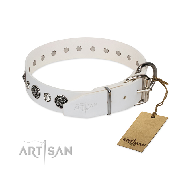 Best quality Full grain natural leather dog collar with corrosion proof traditional buckle