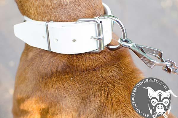 Comfortable White Leather Collar for Boxer