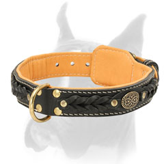 Securely stitched and riveted Nappa padded leather Boxer collar